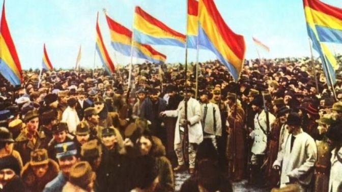 """La Referendum s-a dus o campanie masivă de boicotare a participării la vot și de demonizare a celor care votează. Peste toate manipulările au trecut și au venit la vot peste jumătate dintre cetățenii interesați în mod real de treburile cetății, adica peste jumătate din cetățenii care participă activ la vot, în general. Dintre acestia, 3.531.732 de români au spus DA familiei tradiționale. Aceștia sunt oamenii nemanipulabili, cu mințile libere de neo- marxismul falsei toleranțe """"corecte politic""""."""